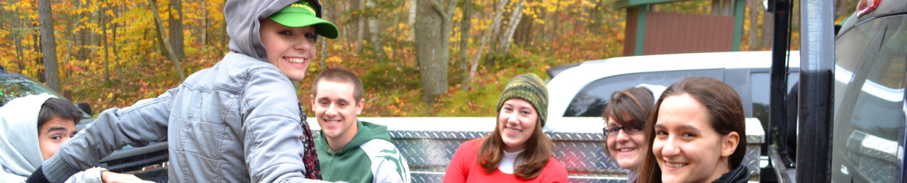 scholarship research - Picture of Mitchell Scholars doing community service in Baxter State Park